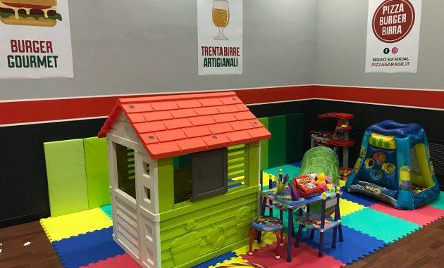 Sala Giochi Per Bambini : Pizzeria con sala giochi per i bambini como per i bambini