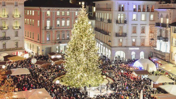 Decorazioni Natalizie Lugano.Natale In Piazza A Lugano Como Per I Bambini
